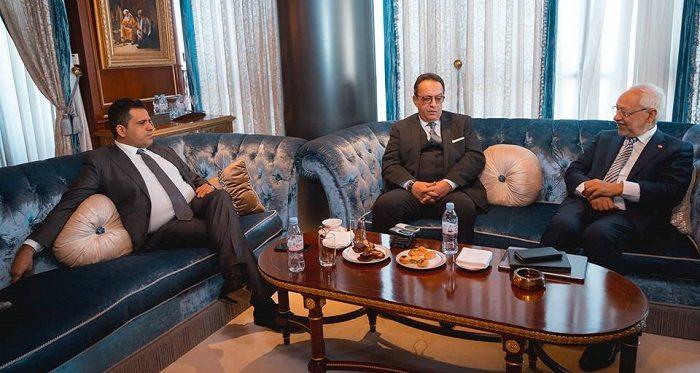 La nouvelle Troïka : Slim Riahi, président de l'Union Patriotique Libre (à gauche), Hafedh Caïd Essebsi, directeur auto-proclamé de Nidaa Tounes (au centre), et Rached Ghannouchi, président d'Ennahdha (à droite)