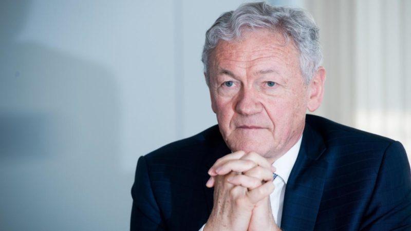 Victime de vol, un ministre belge porte plainte — Vol Djerba-Paris