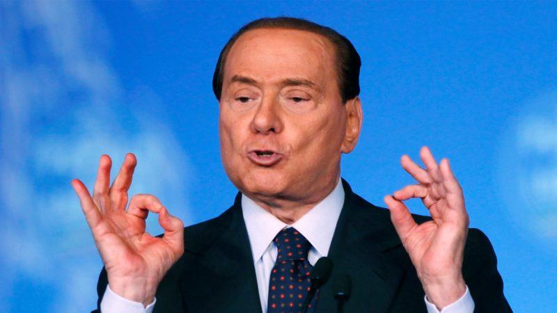 À un mois des élections, Berlusconi promet d'expulser 600 mille migrants — Italie